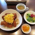 アマカラホール - ソースカツ丼(セット)