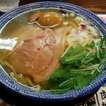 41110661 - 「飛魚(あご)だし熟玉そば」880円
