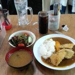 居酒屋万ちゃん - カツカレー+味噌汁+サラダ+アイスコーヒー