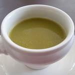 ヴァン・ウタセ - 塩麹入りセロリのスープ