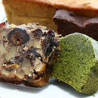 ドラゴーネ - 【抹茶ケーキ】【ドライフルーツケーキ】 驚くほど濃厚なケーキ