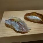 寿司の次郎長 - アジ(〆)。こちらも追加