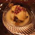 41121674 - 徳島産黒あわびとあわびの肝豆腐,ホワイアスパラとアスパラの擦り流し