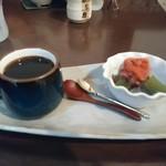 カフェギャラリー柚 - ランチに付くコーヒーと甘味