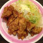 易福菜館 - 鳥の唐揚げ