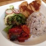 SEKAI CAFE Oshiage - ベジ丼。手作りソイカツがおいしい