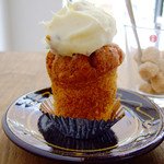 グラム - キャロットケーキ バタークリーム添え