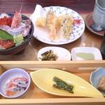 花のいわや亭 - 海鮮丼セット