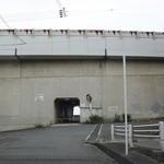 時の回廊 - 行き方③突き当り右手に駐車スペース