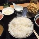41145104 - 欲張り天ぷら!ご馳走定食1030円(税込)