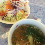 レストハウスリッキーズ - サラダ&スープ(大葉、ミョウガだよ)