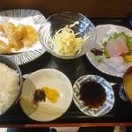 鉄なべ なみき庵 - 地鶏天と刺身のセット定食