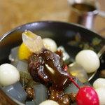 柳ばし にんきや - 白玉あんみつ、黒蜜(くろみつ)タラーリ