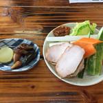 Yamabiko - 前菜の野菜がうまっ