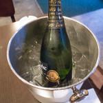 イタリアン居酒屋  FUKUOKA - スパークリングワイン