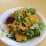 たんぽぽ食堂 - 季節の野菜サラダ