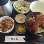 41160604 - 醤油カツ丼セット