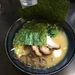 松壱家 - 海苔がかぶった状態で提供