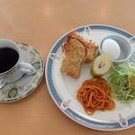 カフェ ゼロ - モーニング(全体)