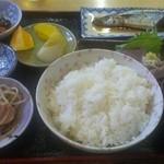 串よし - 料理写真:しまった刺身が隠れてる、美味しかったよ