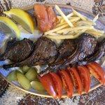 ビビ サキネ - シシリック(ラムチョップの炭焼きとサファランライス)