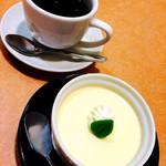 たから丸山 - 自家製プリンとコーヒー お寿司屋さんでこんなおいしいのが食べられるなんて〜♡