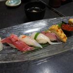 若鮨 - 玉子と寿司五点盛り