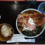 碁石海岸レストハウス - 大船渡さんまらーめん700円
