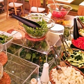 ランチで長野県自社農家の野菜がビュッフェで楽しめるお店!
