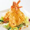 南国酒家 - 料理写真:大海老をサクサクに揚げてマンゴーマヨネーズソースで絡めた人気の逸品