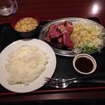 41189509 - 熟成ステーキ定食1382円