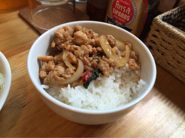 サバイディー タイ&ラオス料理 - セットで付いてくるミニガパオも美味しく、嬉しい♪