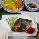 青果市場食堂 - 料理写真: