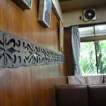 ゆにおん - 木彫りモチーフ