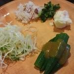 しゃぶ葉 - オクラや生野菜、しらすご飯に漬物