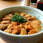 漁師の店 - ウニ丼(1600円)