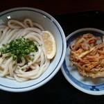 上野製麺所 - ぶっかけ(冷)小280円 野菜のかき揚げ 120円