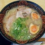 博多長浜らーめん 夢街道 - 【長浜らーめん + 煮玉子】¥680 + ¥100