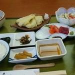 魚と屋 - 料理写真:日替り定食