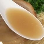 41210280 - 【2015年07月】鶏白湯しおらーめんのスープアップ。