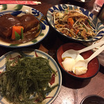 41210316 - 左上:ラフテー・左下:海ぶどう                       右上:フーチャンプルー・右下:ジーマミ豆腐