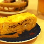 廻転寿司 まぐろ問屋 めぐみ水産 - 玉子