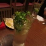 本格タイ料理バル プアン - パクチート