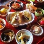 ナイヤビンギ - 十品菜食小鉢