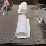 41219876 - テーブルセット。