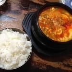 韓国家 - 純豆腐チゲ