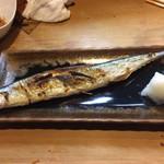 中津川 - 初秋刀魚を、焼きで!初モノとはいえ、かなり仕上がり良し。