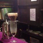 茜屋珈琲店 - 目の前で淹れるアイスコーヒー