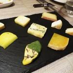 & ecle - チーズの盛り合わせ