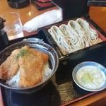 41235375 - 新潟名物「タレカツ丼 へぎそばのセット (1000円)」